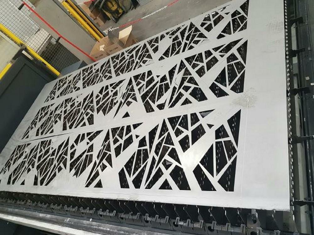 Robichon laser robichon laser - Metal a la decoupe ...